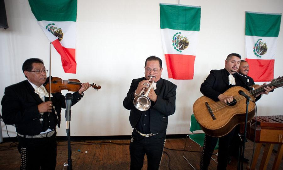 Mariachi+los+Cabos+perform+during+a+festival+for+Cinco+de+Mayo+Sunday%2C+May+4%2C+2014%2C+at+the+State+Museum+in+Columbia%2C+S.C.+%28C+Michael+Bergen%2FThe+State%2FMCT%29